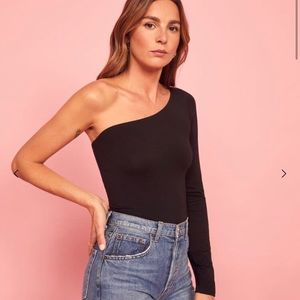 Reformation Marnie top